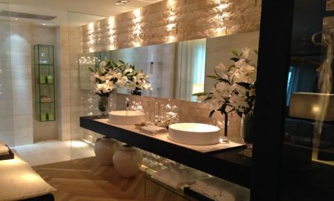 Ideias de espelhos para banheiros